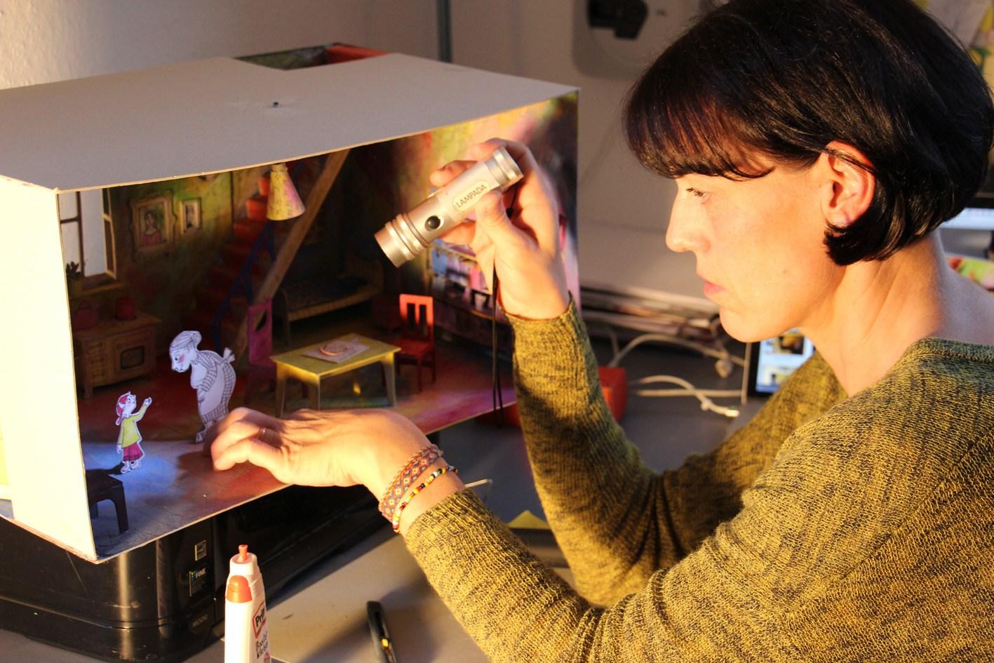 Giennale: Bilderbuchkino & Workshop für Kinder mit Antje Damm